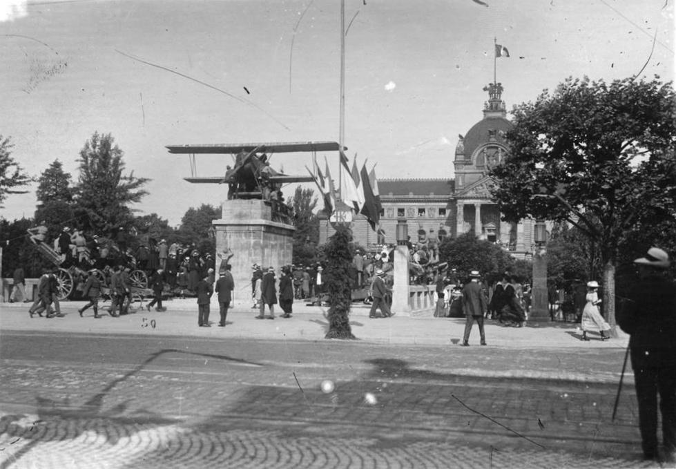 Fokker Place de la république Strasbourg 1919