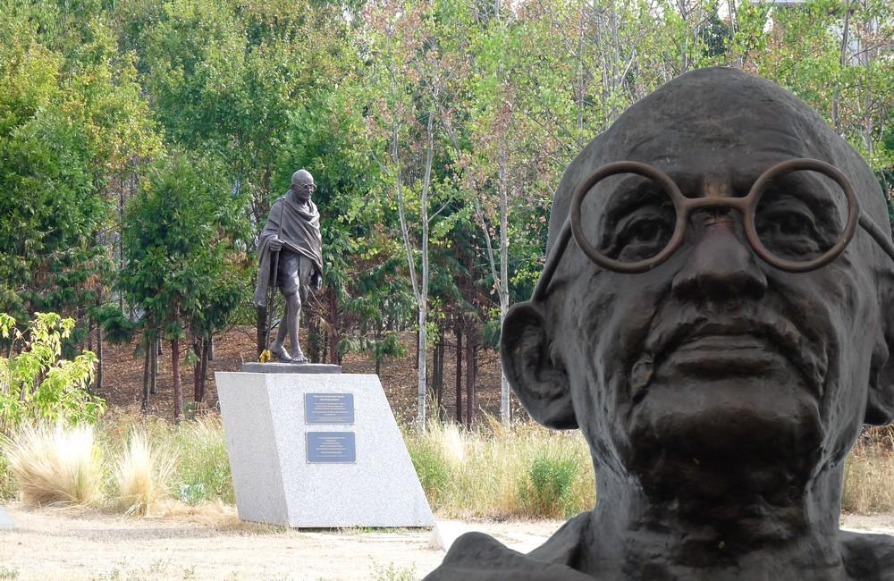 La Statue de Gandhi sur la place de l'Étoile à Strasbourg
