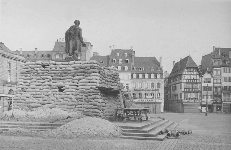 30 Photos de Strasbourg, ville fantôme pendant la drôle de guerre (1939-1940)