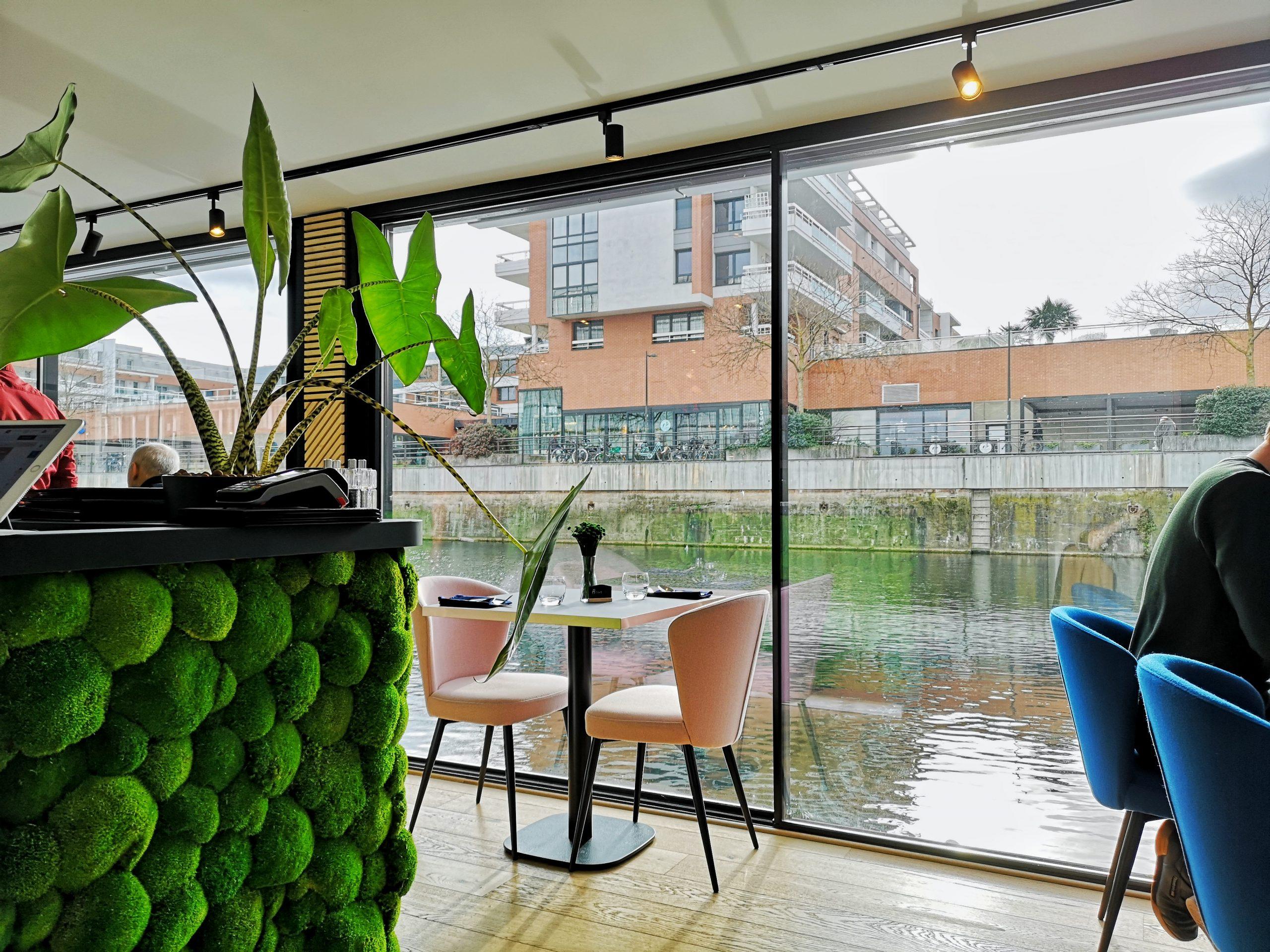 Blue Flamingo, un restaurant flottant à Strasbourg !