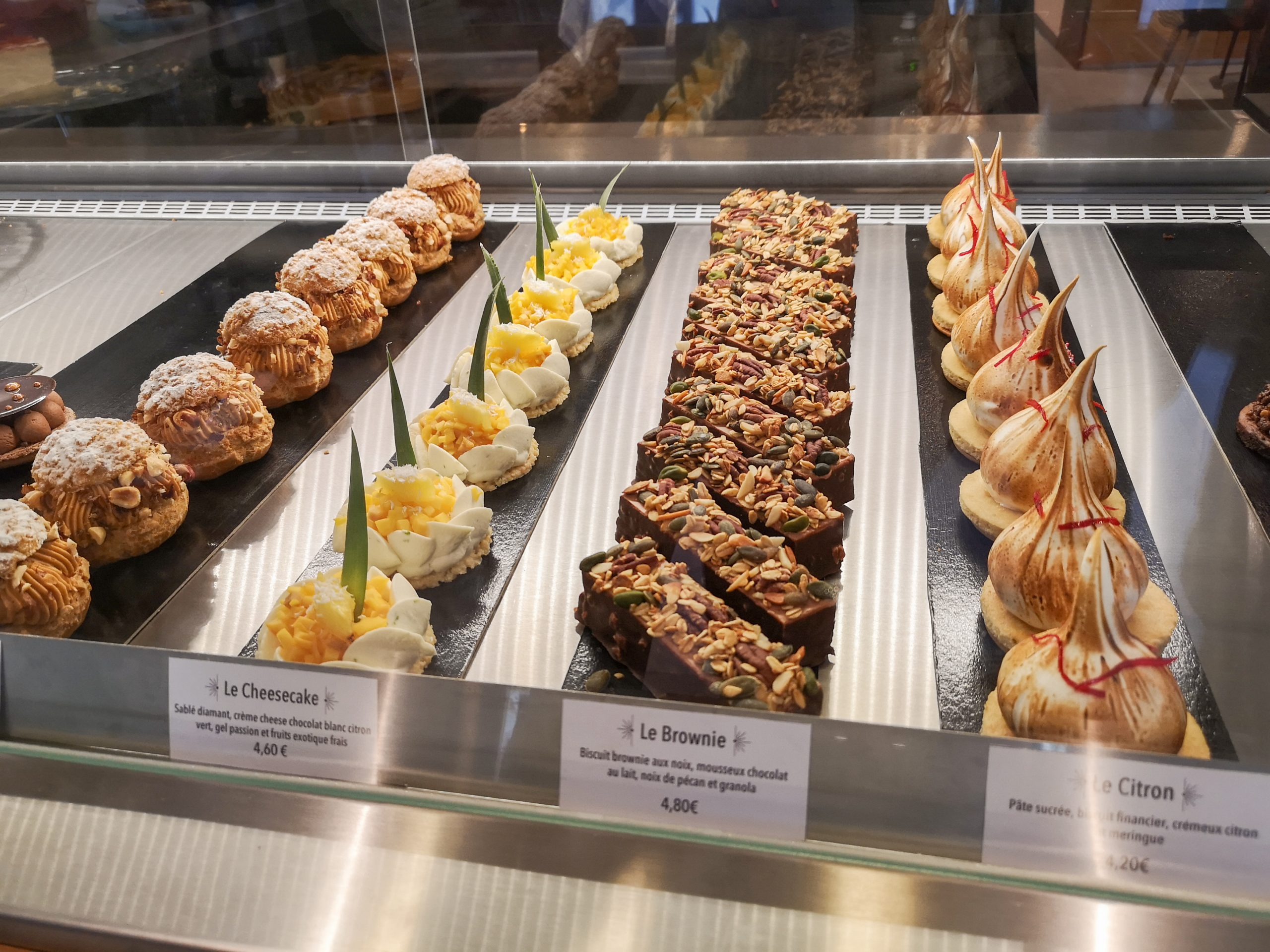 pâtisseries-vitrine
